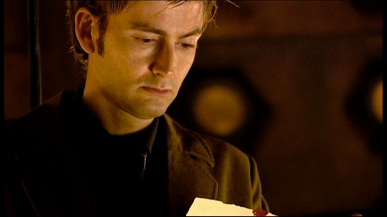 The-Girl-in-the-Fireplace-the-tenth-doctor-14791757-768-432